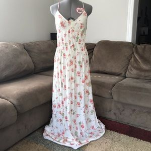 Lauren Conrad Maxi Dress size 8